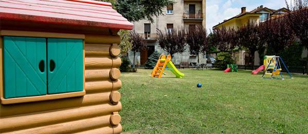 Giochi all'aperto Asilo Nido Biella